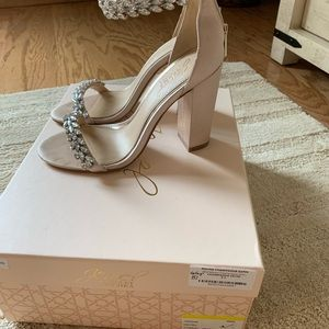 Jewel Badgley Mischka shoes